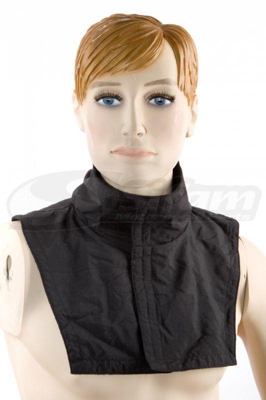 Tour de cou forme plastron (50% Polyester 50% Laine) a Velcro
